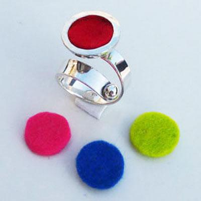 zilveren ring verstelbaar en verwisselbaar met vilt